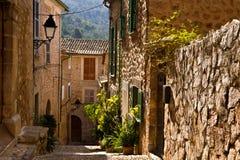 Fornalutx Majorca som är balearic Royaltyfri Bild