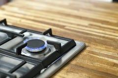 Fornello elettrico con legno Fotografia Stock Libera da Diritti