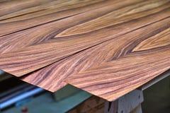 Fornirowy Santos Rosewood Drewniana tekstura Woodworking i ciesielki produkcja obrazy royalty free