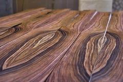 Fornirowy Santos Rosewood Drewniana tekstura Woodworking i ciesielki produkcja obrazy stock
