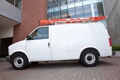 Fornisca un servizio a Van dal lato Fotografia Stock