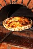 Forno basso della pizza fotografie stock