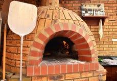Forno della pizza immagine stock