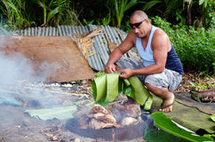 Forno della terra - isola del Pacifico Fotografia Stock