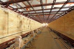 Forno di tunnel della ceramica di salute che sviluppa struttura interna Fotografie Stock