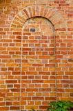 forntida ärke- vägg för red för bakgrundstegelstenefterföljd Royaltyfria Bilder