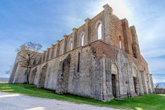 Forntida abbotskloster av San Galgano i Tuscany, Italien Royaltyfria Bilder