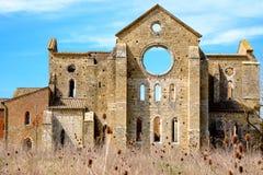 Forntida abbotskloster av San Galgano i Tuscany, Italien Royaltyfria Foton