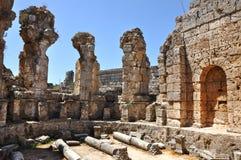 Forntida Anatolian stad Perge i Turkiet Arkivbilder
