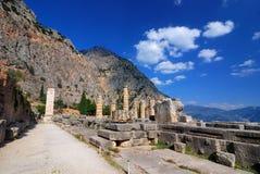 forntida apollo delphi greece lokaltempel fotografering för bildbyråer