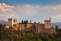 Forntida arabisk fästning av Alhambra, Granada, Spanien Arkivfoto