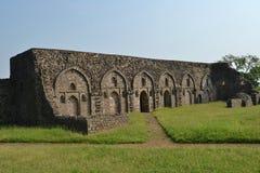 Forntida arkitektur av Mandav Chishti Khans Palac Royaltyfri Bild
