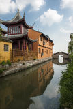 Forntida arkitektur för Suzhou lönn Arkivfoto