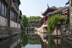 Forntida arkitektur för Suzhou lönn Royaltyfri Foto