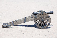 Forntida artillerikanon Royaltyfri Fotografi