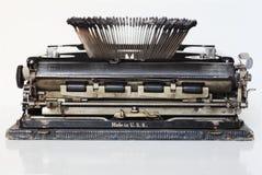 forntida bärbar skrivmaskin Arkivfoto