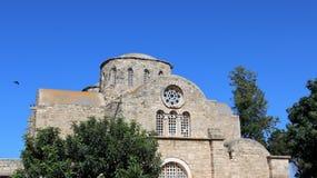 Forntida basilika i solig dag royaltyfria foton