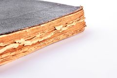 Forntida bok på vit bakgrund Royaltyfri Fotografi
