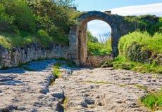 forntida bosättning för grottachufutcrimea kale royaltyfri bild