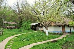 Forntida bosättning Ukraina för landskaplantgård royaltyfri fotografi