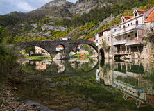 forntida bricked bro arkivbild