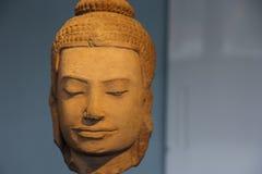 forntida buddha huvud Arkivfoton