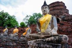 Forntida buddha staty i Ayutthaya, Thailand Royaltyfri Bild