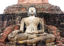 Forntida buddha staty på den Mahathat templet, historisk plats i det Ayuttaya landskapet, Thailand Royaltyfria Bilder