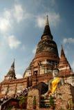 forntida buddha statytempel Arkivbild