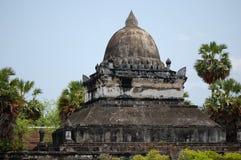 forntida buddistisk stupa Fotografering för Bildbyråer