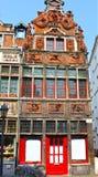 Forntida byggnad i Ghent, Belgien arkivfoton