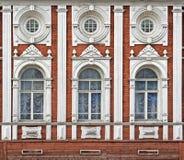 forntida byggnadsfacade Royaltyfri Bild