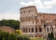 Forntida Colosseum i Rome, Italien Arkivfoton