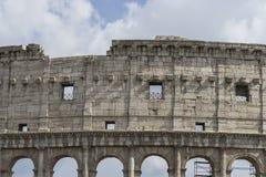 Forntida Colosseum i Rome, Italien Arkivbilder