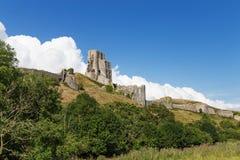 Forntida Corfe slott, Dorset, Förenade kungariket Arkivfoton