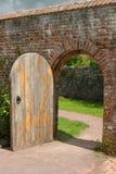 forntida dörröppning royaltyfria foton