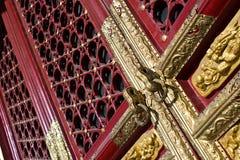Forntida dörr Royaltyfria Bilder