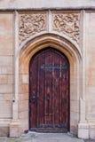 Forntida dörr i bad Fotografering för Bildbyråer