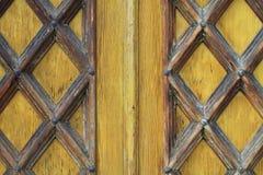 forntida dörrar Arkivfoto