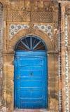 Forntida dörrar, Essaouira, Marocko Arkivfoto