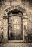 Forntida dörrar, Marocko Royaltyfri Fotografi