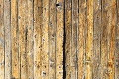 Forntida den trädörrdetaljen ytbehandlar modellen Grey Cracked Abstract Hardwood royaltyfria foton