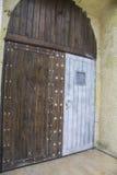Forntida dörrar Fotografering för Bildbyråer