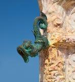 Forntida dysa av springbrunnen arkivbilder