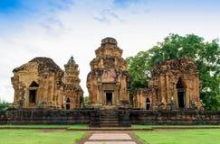 Forntida En khmer-stil en hinduisk tempel i det Surin landskapet, Thailand Arkivbild