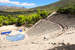 Forntida Epidaurus teater, Peloponnese, Grekland Royaltyfria Foton