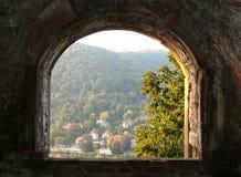 forntida fönster arkivbild