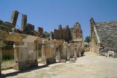 Forntida fördärvar antikviteten arkivbild