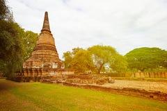 Forntida fördärvar av den buddistiska templet Thailand Ayutthaya Fotografering för Bildbyråer