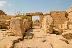Forntida fördärvar av det Karnak tempelet i Egypten Royaltyfri Bild